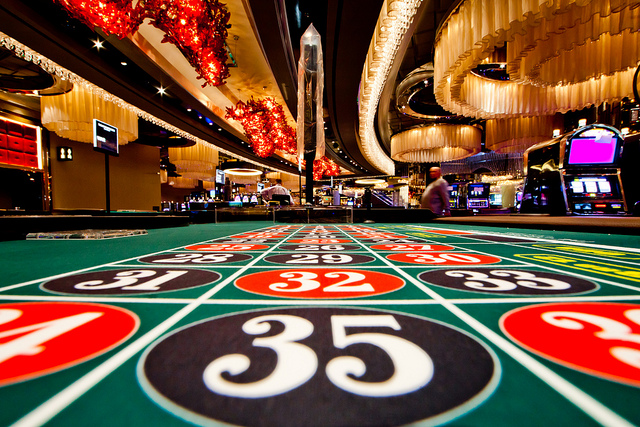 Few Tips Before You Register For Online Casinos