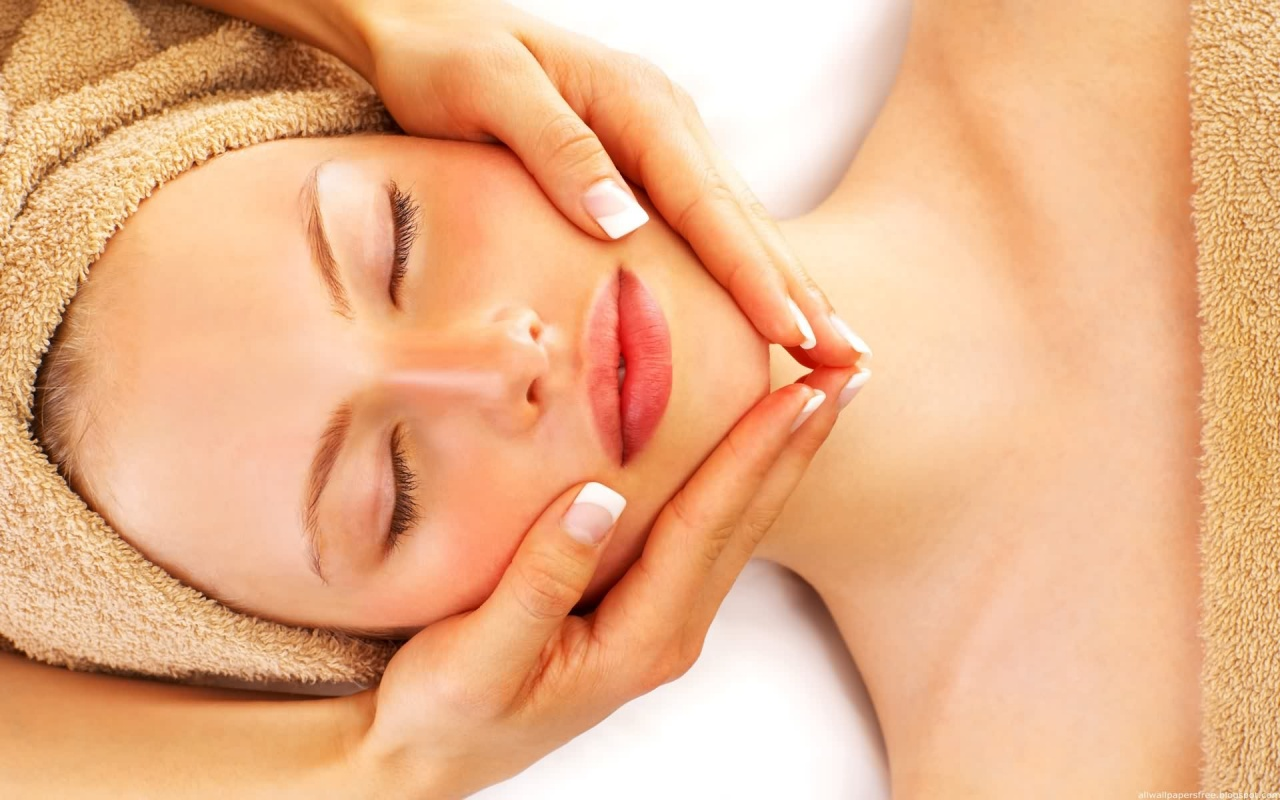 How To Renew Your Skin With Homemade Facial Treatments