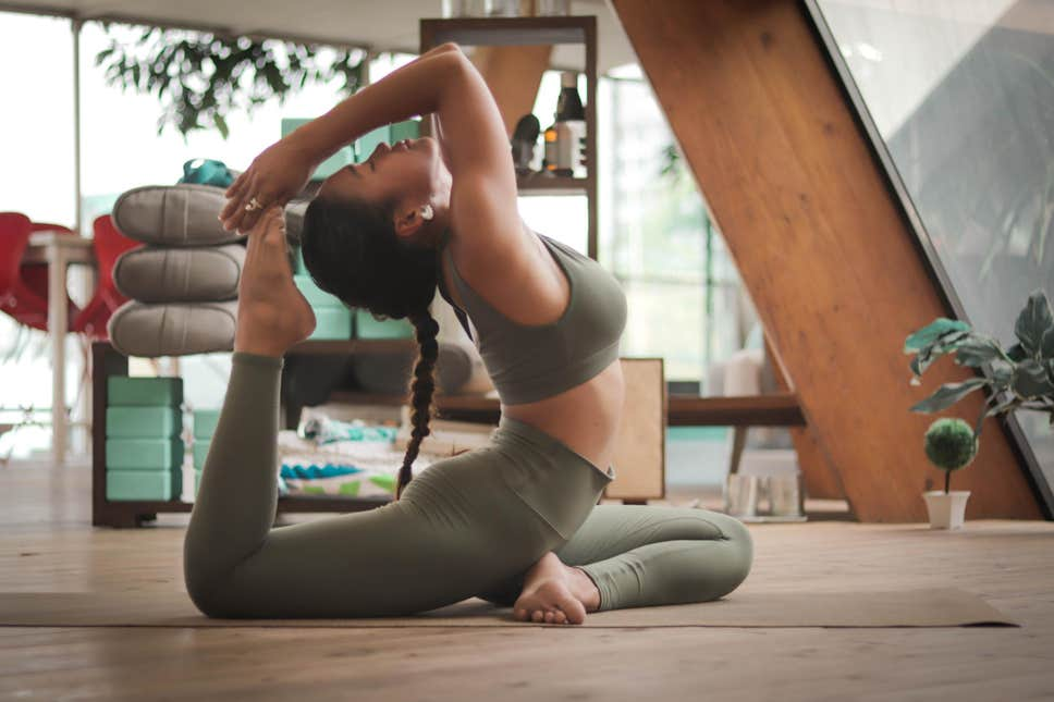 The Ideal Yoga Exercise Trousers For Females