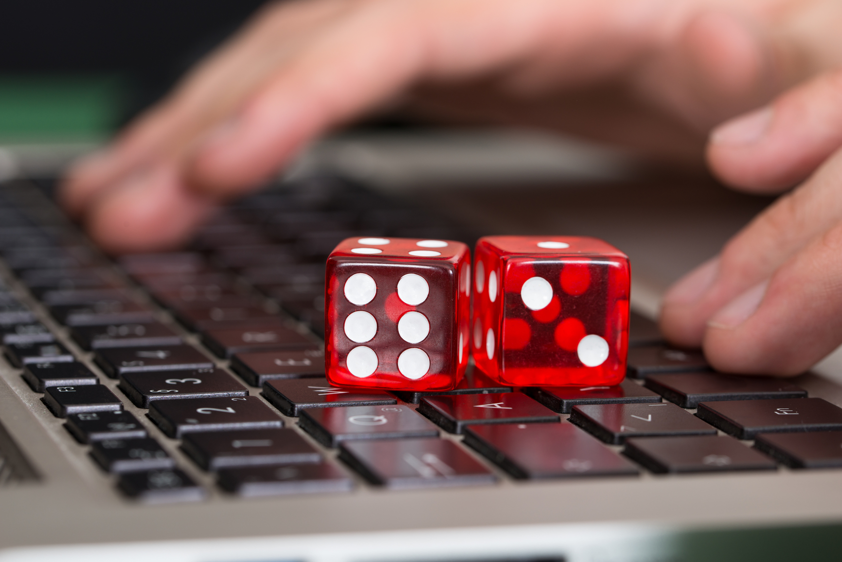 Busting Online Poker Myths Betting