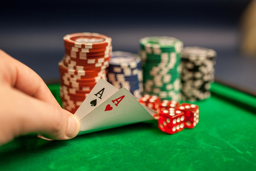 Benefit From Poker – Review These 8 Tips